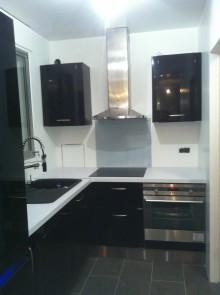 am nagements cuisines par la soci t augusto. Black Bedroom Furniture Sets. Home Design Ideas