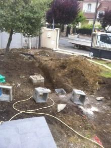 Terrassement avant coulage d'une dalle béton puis terrasse