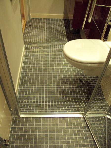 Salle de bains aux normes handicapé
