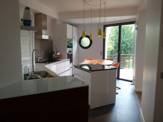 cuisine en teck trendy cuisine bois meubles blanc with cuisine en teck cuisine en bois. Black Bedroom Furniture Sets. Home Design Ideas