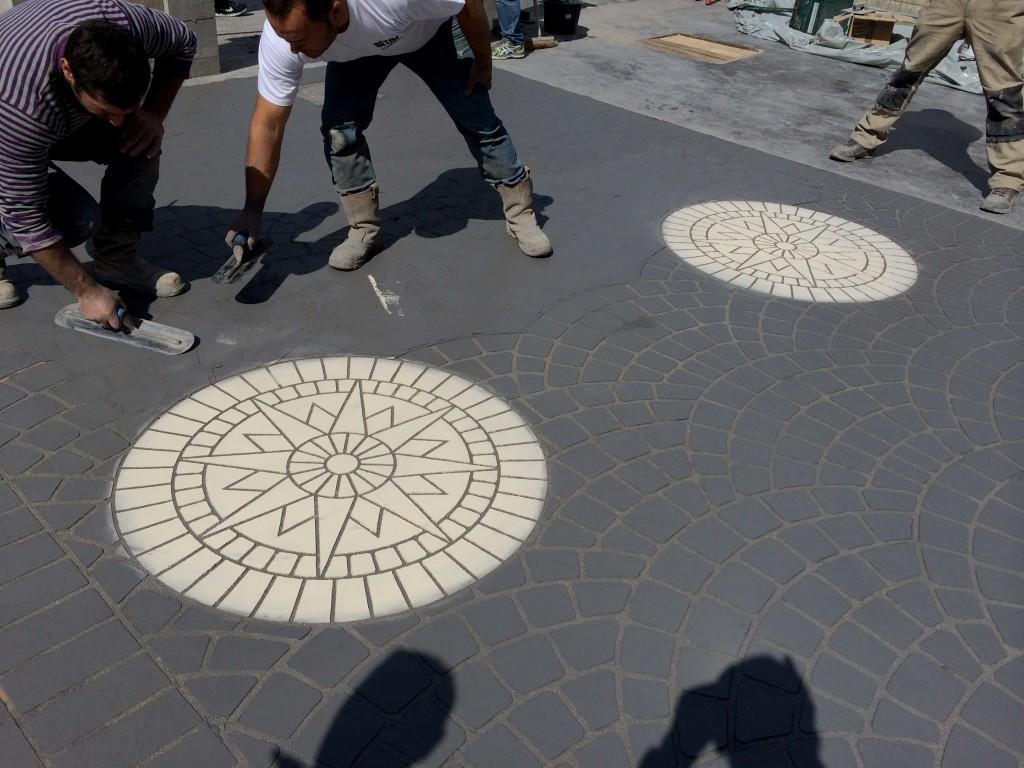 B ton d coratif finition pav s de paris Terrasse en beton decoratif