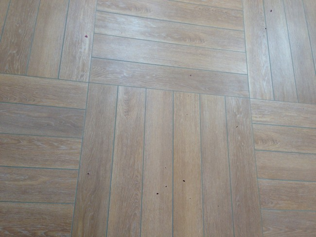 Pose carrelage imitation parquet 28 images r 233 for Poser du carrelage imitation parquet