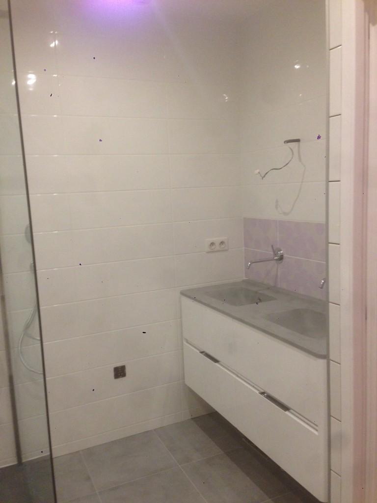 Salle de bain montreuil for Fourniture salle de bain