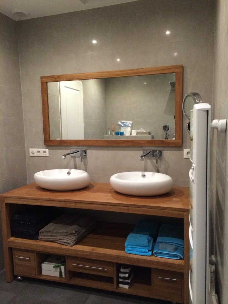 R novation d 39 une salle de bain tournan en brie for Surface d une salle de bain